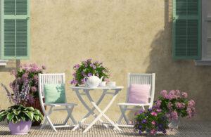 gekleurde tuinstoelen